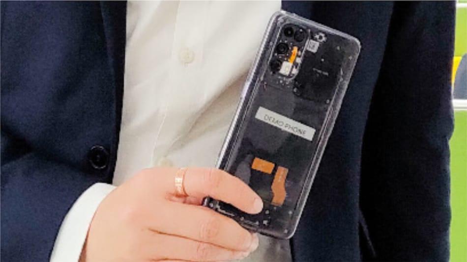 Realme X7 Pro ट्रांसपेरेंट वर्ज़न भी दे सकता है दस्तक, सीईओ ने दिखाई झलक