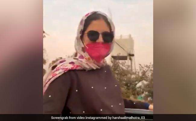 'बजरंगी भाईजान' की 'मुन्नी' ने 'हवा हवा' सॉन्ग पर दिखाया नया अंदाज, वायरल हुआ हर्षाली मल्होत्रा का Video