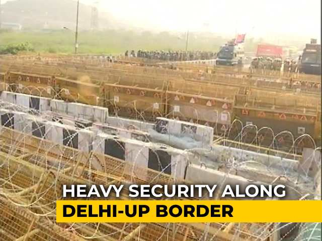 Video : Barbed Wires, Spikes: Government Tries To Contain Protests