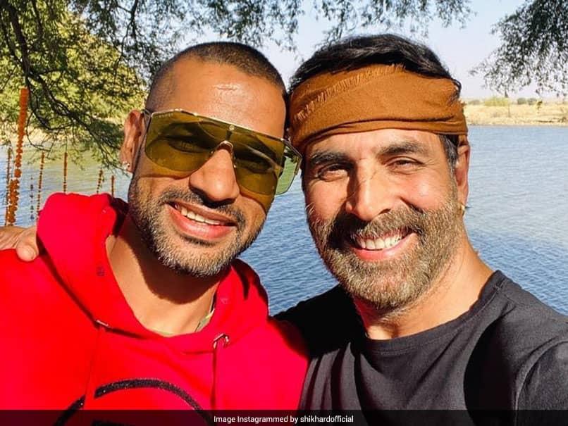 """Always A Fun Time With You Paaji"": Shikhar Dhawan Shares Pic With Akshay Kumar"