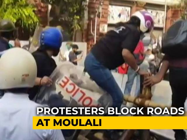 Video : Left Calls 12-Hour Bengal Bandh To Protest Crackdown On Kolkata March