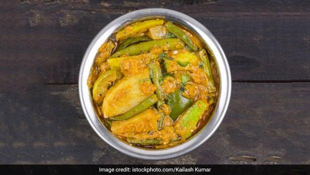 How To Make Chorchori - A Classic Mix Veg Sabzi From Bengal (Recipe Inside)