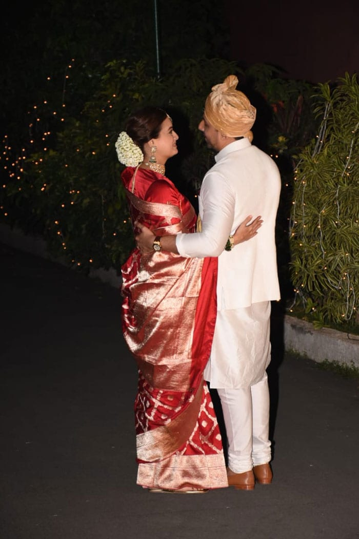 Dia Mirza And Vaibhav Rekhi Are Married. See Pics Of The Newlyweds