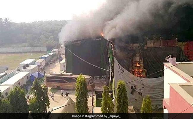 सैफ अली खान और प्रभास की फिल्म 'आदिपुरुष' के सेट पर लगी आग