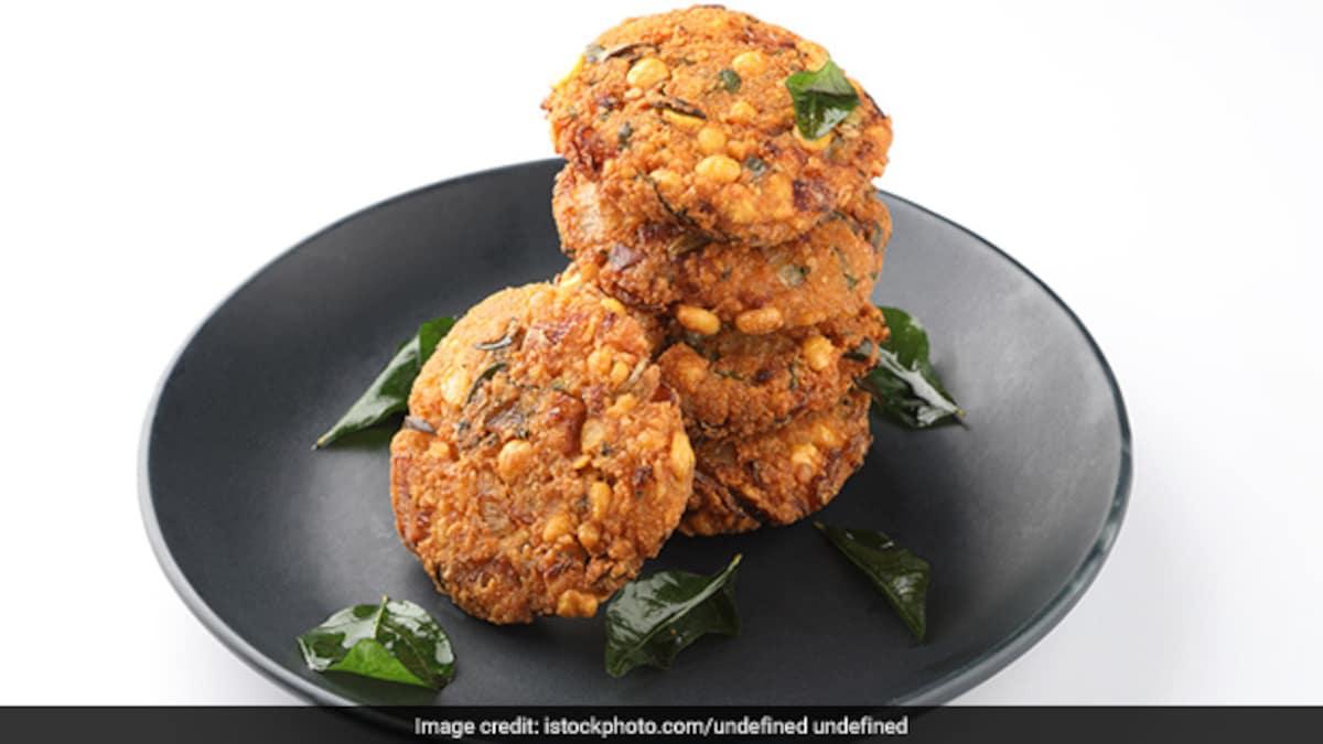 Indian Cooking Tips: How To Make Parippu Vadai - Kerala-Style Masala Vada (See Recipe)