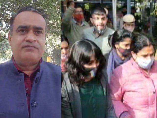 Video : दिशा रवि मामले में दिल्ली हाईकोर्ट की टिप्पणी, मीडिया जांच प्रभावित न करे