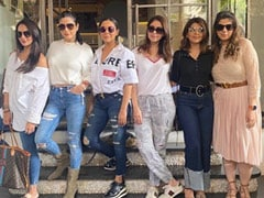"Pics From Gauri Khan, Maheep Kapoor, Seema Khan And Bhavana Pandey's ""Lazy Lunch."" Bonus - AbRam"