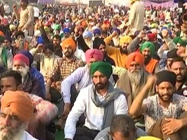 Video : Farmers To Block Highways On February 6, Other Top Stories