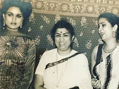 Lata Mangeshkar, Padmini Kolhapure And Leena Chandavarkar In A Beautiful Memory