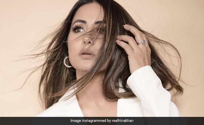 Hina Khan's most glamorous avatar in a white outfit, see one by one photos of actress