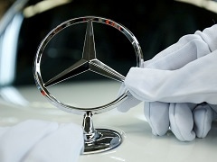 Daimler Recalls 1.29 Million U.S. Vehicles For Software Issue