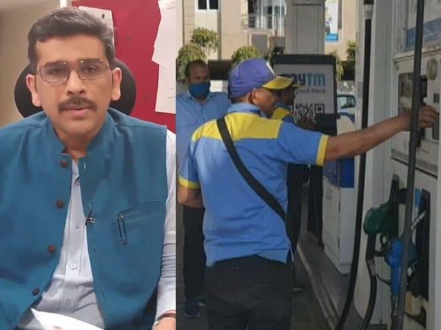 Videos : तेल के दाम पर कोहराम: 80, 90 पूरे 100 ? | इशारों इशारों में Sanket Upadhyay के साथ