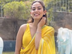 Mira Rajput's Spring Wedding Look In A Yellow <i>Saree</i> Is Brighter Than Sunshine