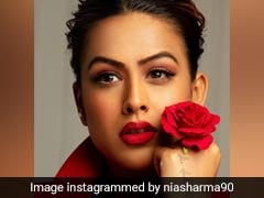 Nia Sharma Sets The Vibe For Valentine's Day With Her Bold Makeup Look