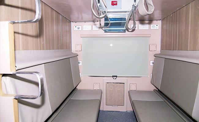 Indian Railways AC-3 Tier Economy Coach Has Modular Berths, Individual Vents: 10 Points