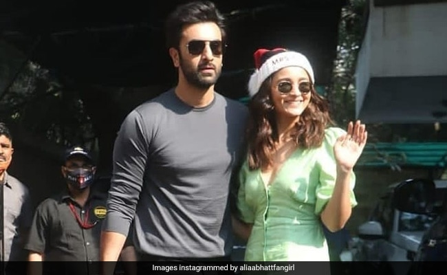 'Ranbir Kapoor Is Sharing His Wardrobe With You': Alia Bhatt Fills In For Boyfriend On Instagram
