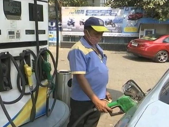 Video : Why A Visit To Petrol Pump Is No Longer The Same