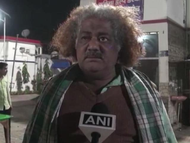 """Video : After UP Chaat Brawl, Man Called """"<i>Chacha</i>"""" Explains What Caused It"""