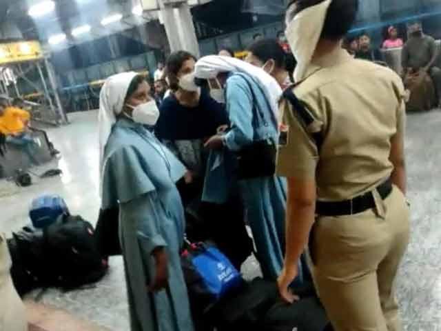 Video : Nuns Forced Off Train Over Conversion Suspicion In UP