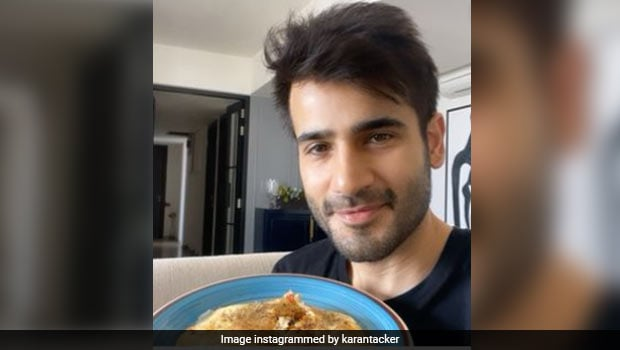 Karan Tacker Celebrates Holi With 'Colourful' Omelette, And We Found The Recipe Too