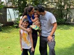 In Shilpa Shetty's Holi Album, Baby Samisha Steals The Show. See Pics