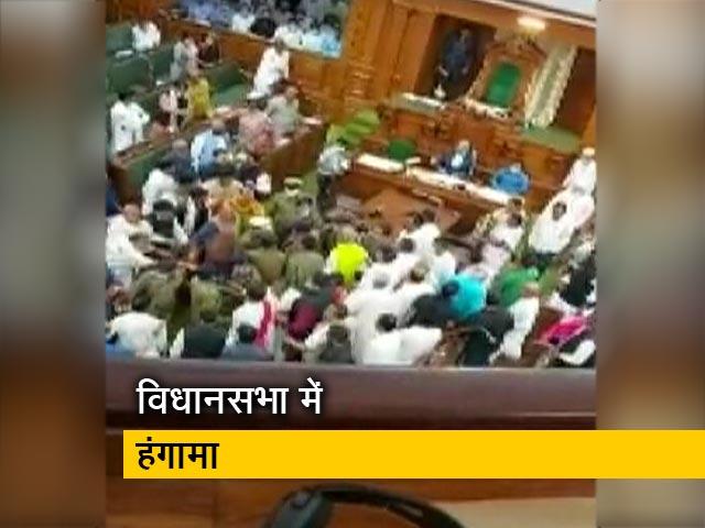 Videos : बिहार: शराब पर सियासत तेज, विधानसभा में जमकर हुआ हंगामा