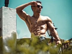 """""""Any Excuse To Take It Off"""": Guess Who Dropped This Comment On Tiger Shroff's Shirtless Pic?"""