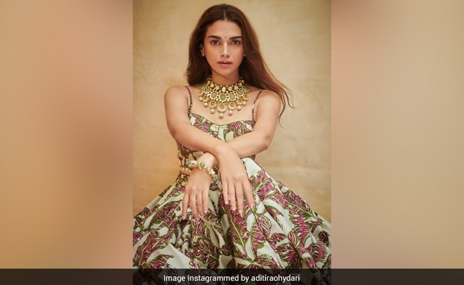 Aditi Rao Hydari Exudes Elegance In Latest Pic