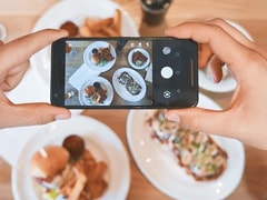 Pub Plays A Savage Prank On Influencer Asking For Free Food