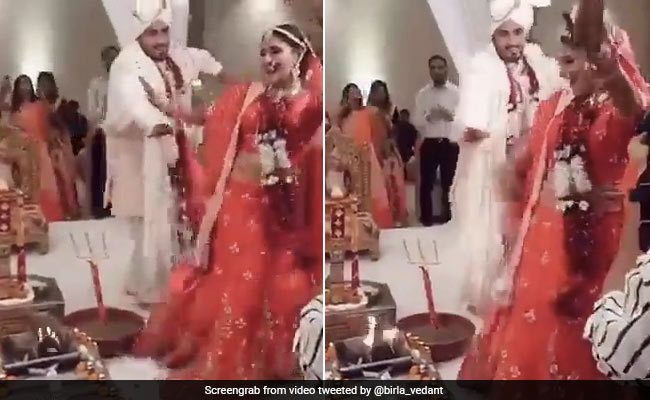 Viral Video Of 'Dancing Pheras' At Wedding Divides Twitter