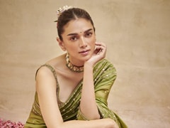 Latest <i>Sawan</i> Special Green Saree 2021:  These Beautiful Green Sarees Will Help You Grab The Limelight