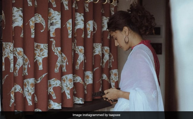 #PannuPind Is Ready For Housewarming: Inside Taapsee's New Apartment - NDTV