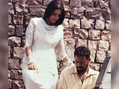 """Old Pics Of Irrfan Khan Help Son Babil """"Calm"""" His Anxiety. Like This One"""