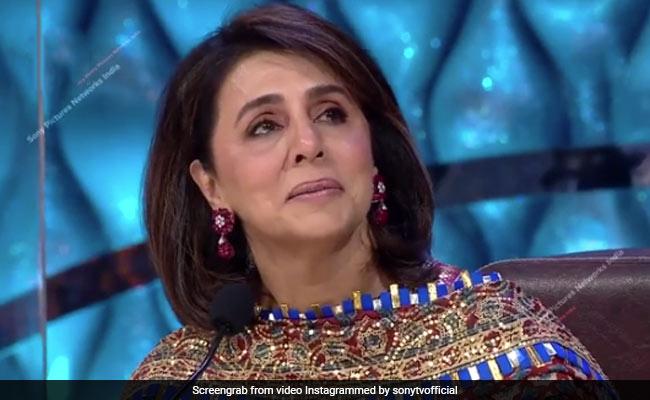 Viral: Neetu Kapoor Holds Back Tears As Celebs Remember Rishi Kapoor On Indian Idol 12