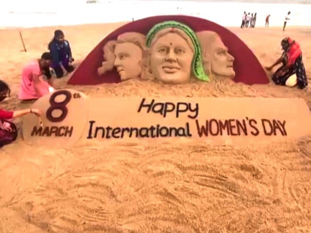 Video : Women Artists Create Sand Art To Celebrate Women's Day