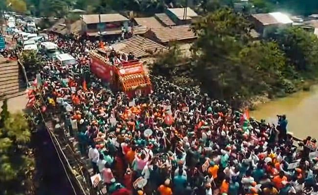 Amit Shah, Suvendu Adhikari Hold Massive Roadshow In Bengal's Nandigram