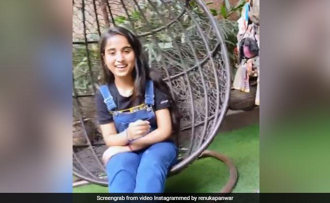 Renuka Panwar ने '52 गज के दाम' के बाद 'धन्यवाद तेरा रे' सॉन्ग से मचा डाली धूम, देखें Video