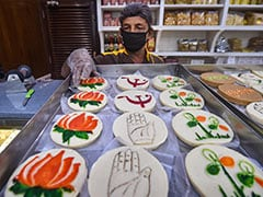 <i>Khela Hobe</i> vs <i>Jai Shri Ram</i>: Election Fever Reaches Bengal Sweet Shops