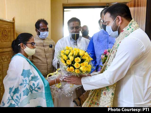 Video : For Non-Bengali Belt, Mamata Banerjee Gets Help From Tejashwi Yadav