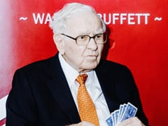 Warren Buffett's 'Tone Deaf' Annual Letter Skirts Controversies