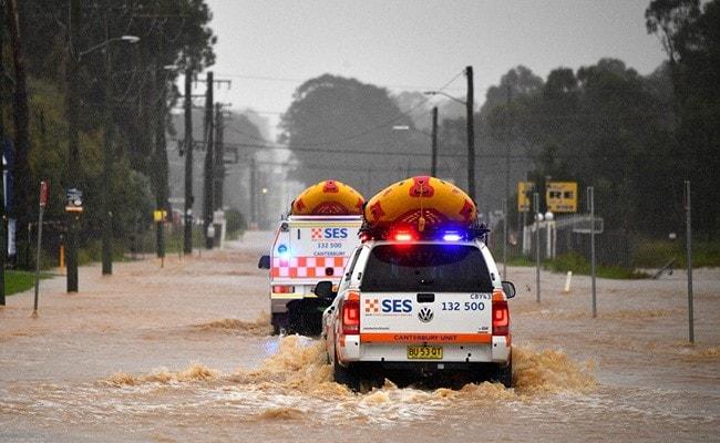"Fresh Deluge Worsens ""One In 100 Year"" Australia Floods"