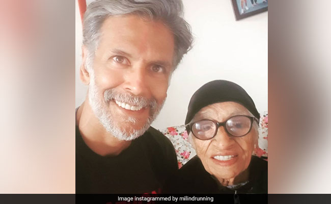 Milind Soman's Pinkathon Mascot Started Running At 93. She's 105 Now - NDTV