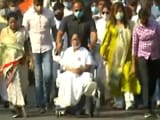 Video : Top News Of The Day: Mamata Banerjee Holds Roadshow On A Wheelchair