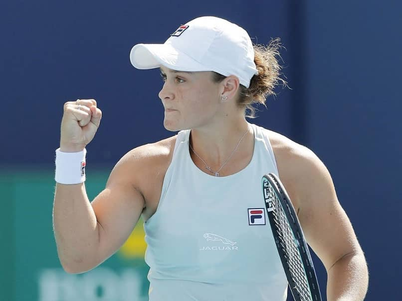 World number one Ashleigh Barty advanced to the semi-finals of the Miami Open on Tuesday as Russian top seed Daniil Medvedev booked his place in the quarter-finals of the men's tournament.
