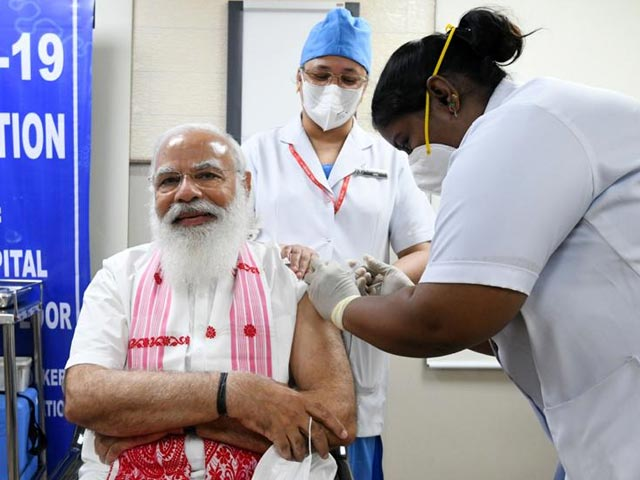 Video : Top News Of The Day: PM, Top Ministers Take 'Made In India' Vaccine