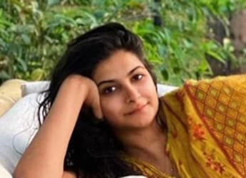 Rhea Kapoor Enjoys A Lavish And 'Insane' Sindhi Meal - We Found The Recipes Too