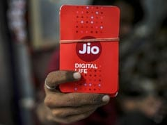 Mukesh Ambani's Jio Biggest Buyer in $11 Billion India Airwave Auction