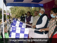 Nitish Kumar Launches Electric Bus Service In Bihar