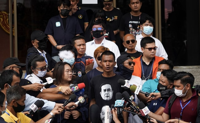 Thailand Prosecutor Charges 18 Over Anti-Government Protests
