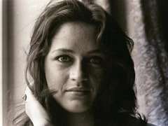 Nafisa Ali Turns Back Time With These Stunning Pics Of Herself At 20